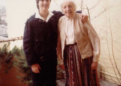 1985 with my grandma
